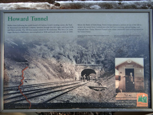 Howard-Tunnel-Sign-700PX